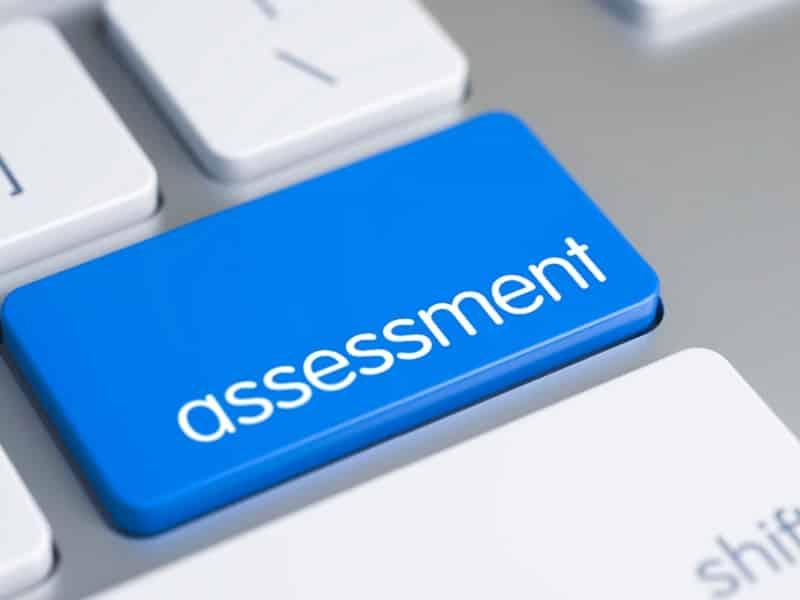 assessment button on computer